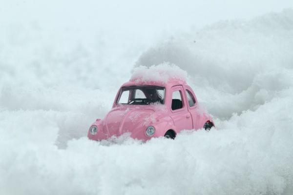 Kdo je připraven, není překvapen - je Vaše zimní výbava v autě kompletní?